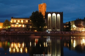 La cathédrale et les quais de l'hérault illuminés