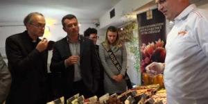Salon du Chocolat inauguration Gilles D'Ettore Maire d'Agde